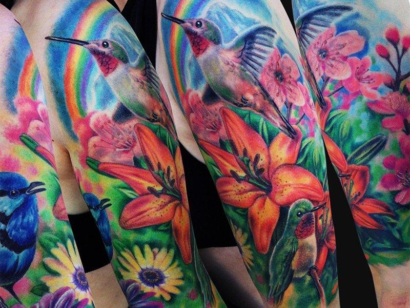 Изображение природы в виде татуировки