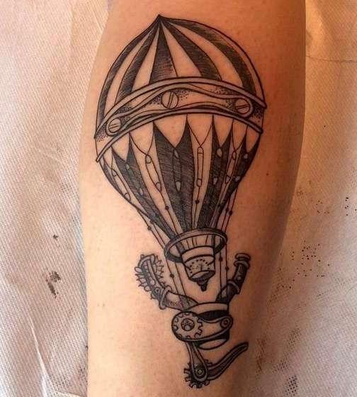 Татуировка в стиле стим панк