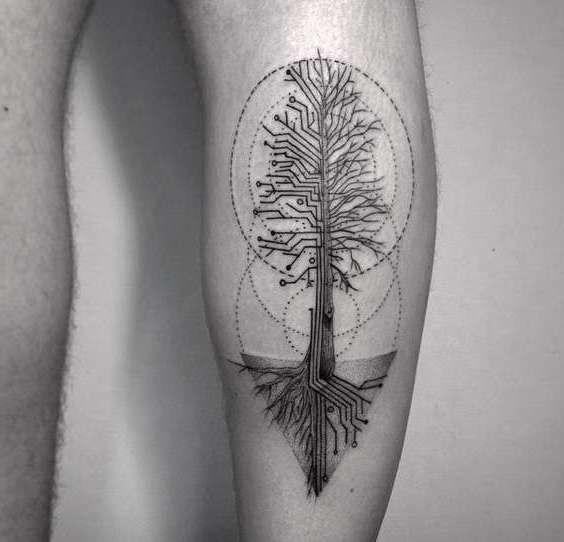 Хай теч татуировка
