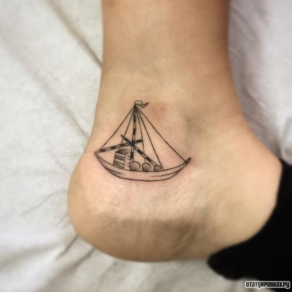 Татуировка лодка