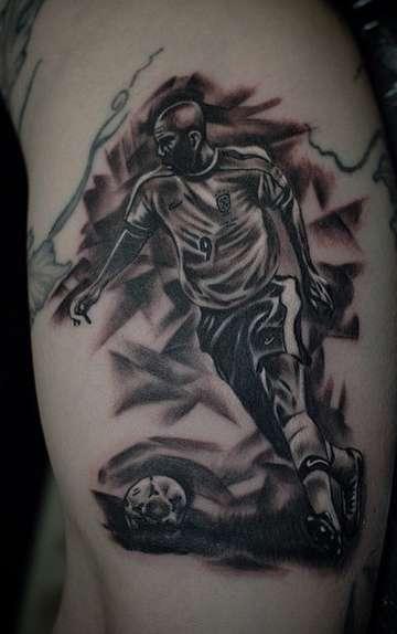 Татуировка типичного футболиста