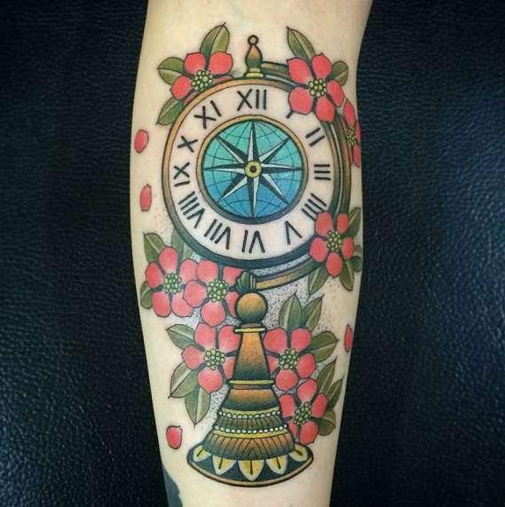 Часы в стиле олд скул