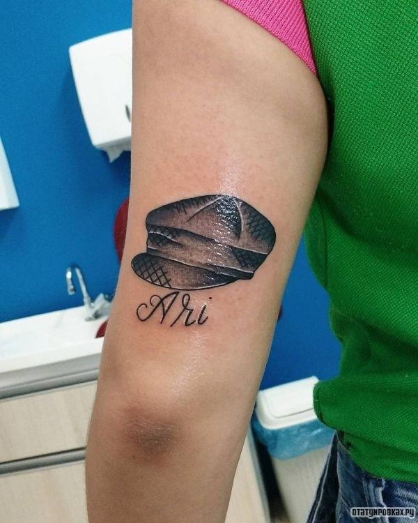 Татуировка шляпа