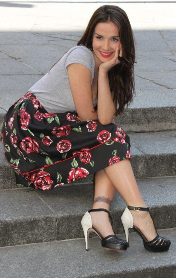 Наталья Орейро с татуировкой на ноге