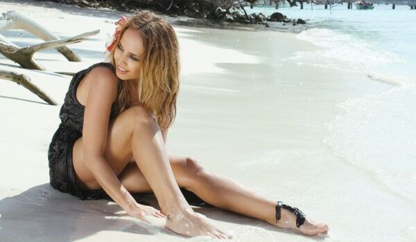 Жанна Фриске на пляже