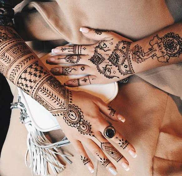тату в индийском стиле на руке