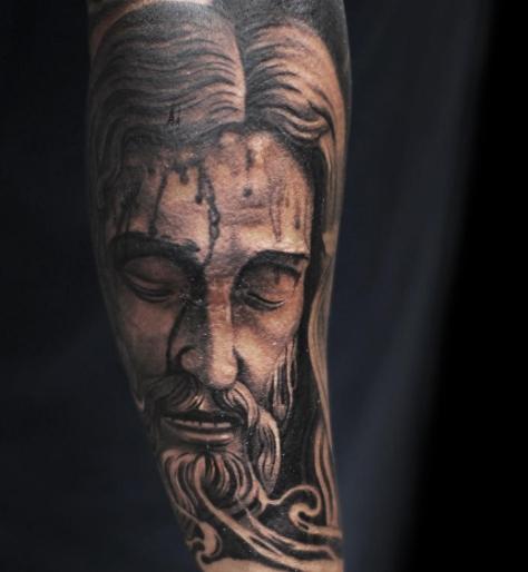 Татуировка истощенного Иисуса
