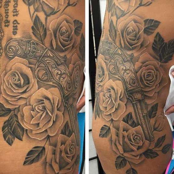 Пистолеты с розами
