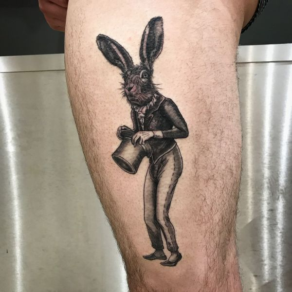 Татуировка зайца-фокусника