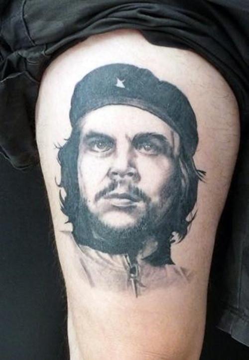 Че Гевара в виде татуировки на ноге