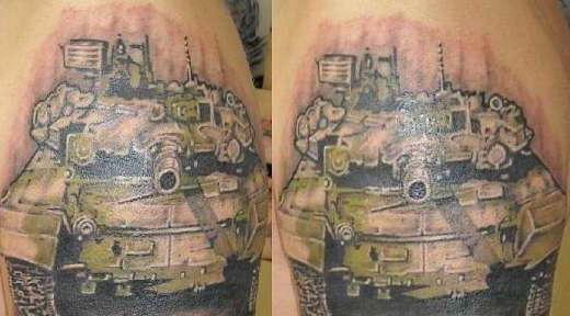 Изображение танка на татуировке