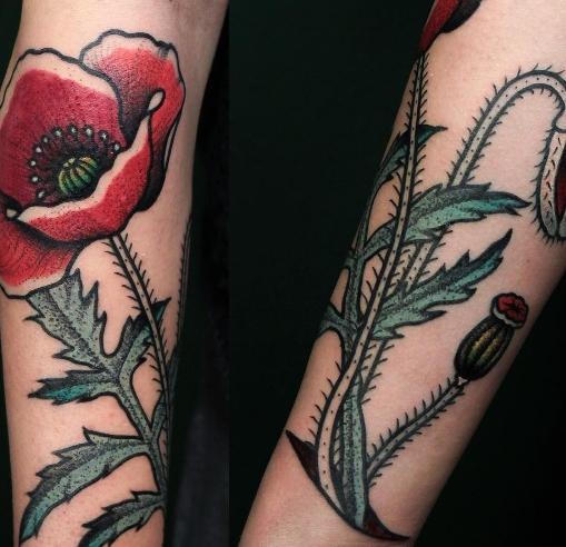 Олд скул стиль татуировки мака на руке