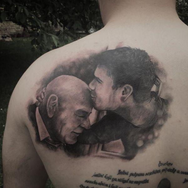 Портрет двух мужчин тату