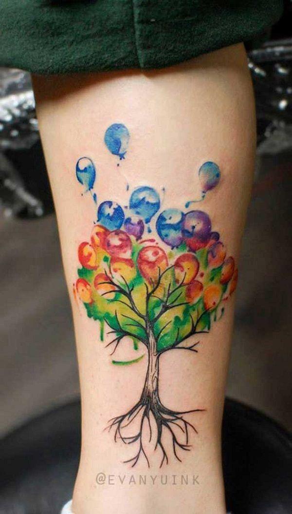 Дерево с шариками в цвете
