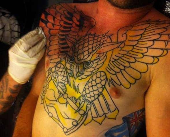 Японская сова на груди, набросок