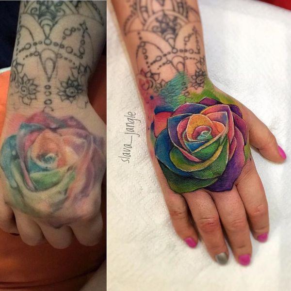 Разноцветная роза на кисти
