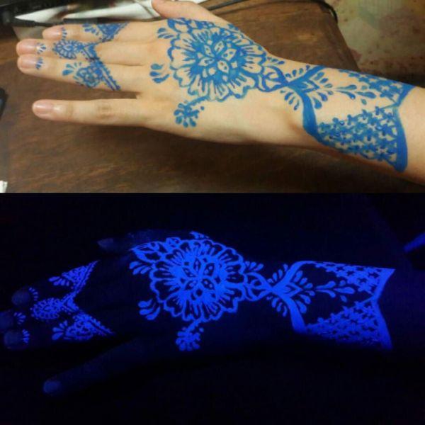 Светящаяся татуировка узора на руке