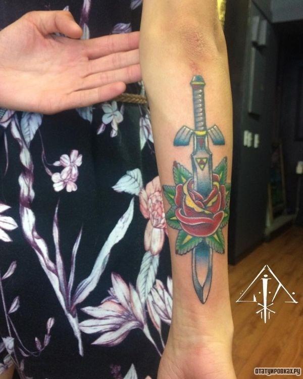 Татуировка клинок