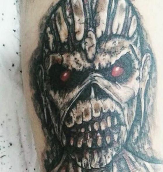 Рок татуировка - очередной вариант