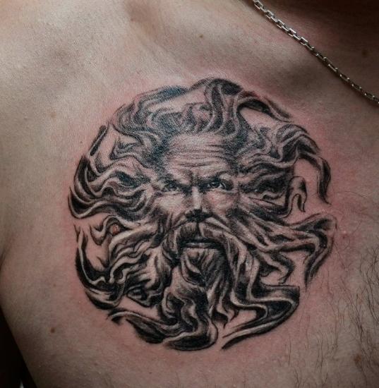 Солнце в виде русской татуировки