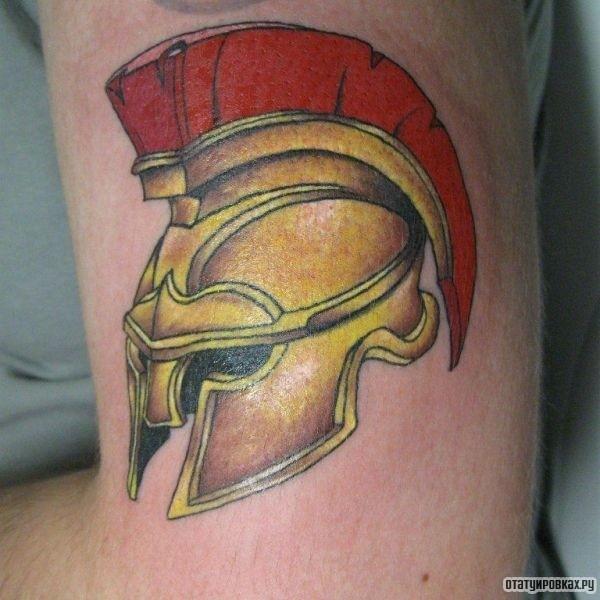 Татуировка шлем