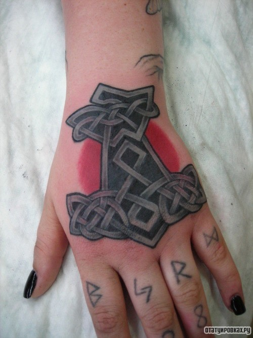 Татуировка сила