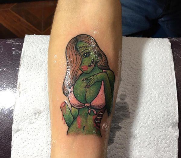Татуировка зомби девушки