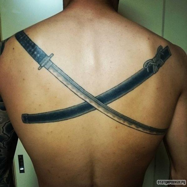 Татуировка катана