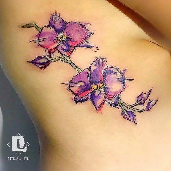 Татуировка орхидеи в стиле треш полька