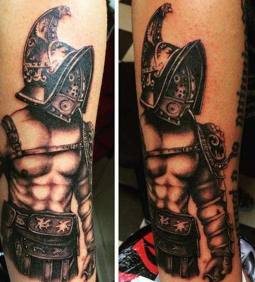 Так выглядит татуировка гладиатор