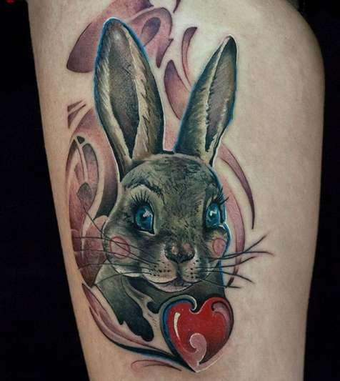 Заяц и сердце - русская татуировка