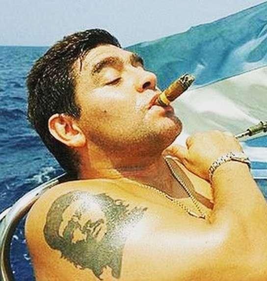 Марадона с татуировками