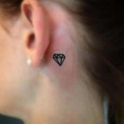 Татуировка алмаз фото