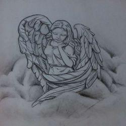 Ангел девушка призадумался и смотрит вниз