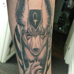 фотография татуировка анубис