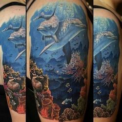 фото татуировка дельфин