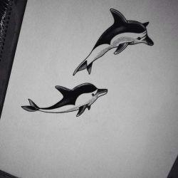 татуировка дельфин эскиз