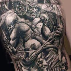 Демон на плече