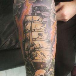 фото тату корабль