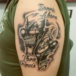 фото татуировка маски