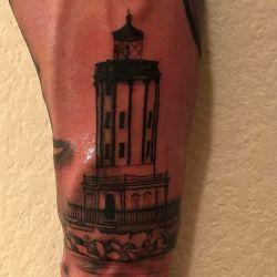 Тату маяк фотография