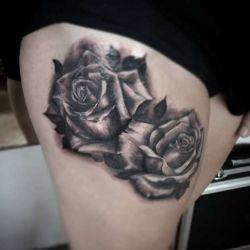 фотография татуировка роза