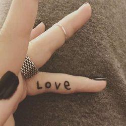 Татуировки на пальцах фото