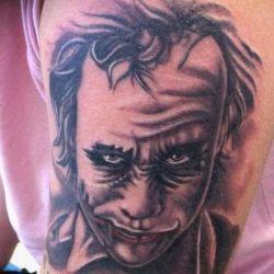 Татуировка в виде джокера, мотивы, виды и особенности