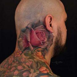 Почему так популярна татуировка роза?