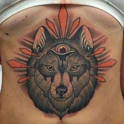 Татуировки на животе: для самых смелых